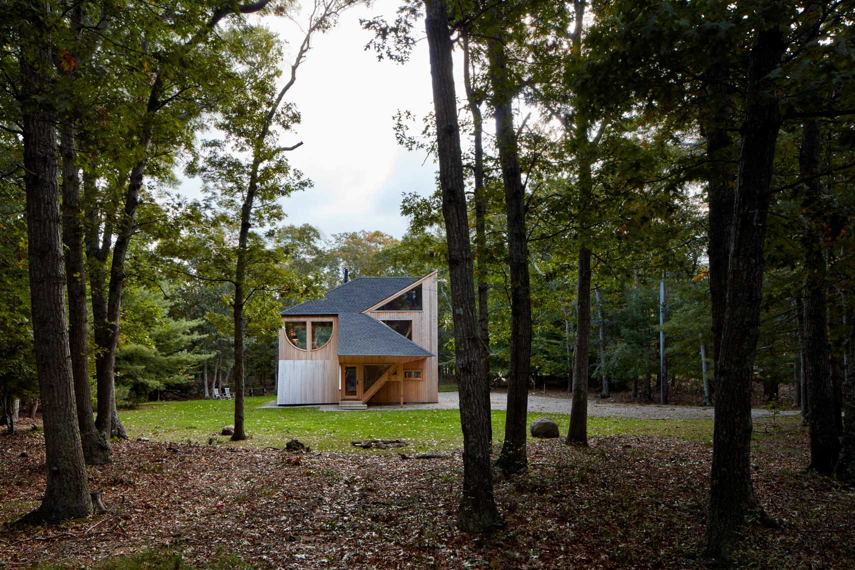 Midcentury home in the woods